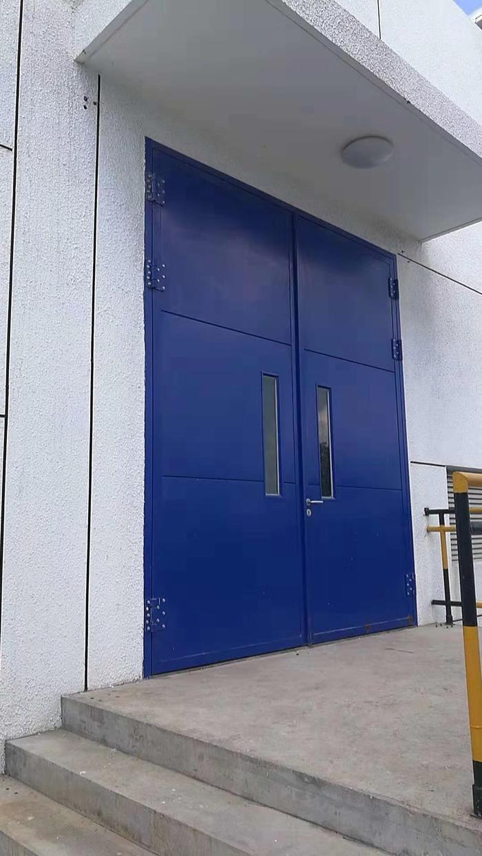超大钢质门
